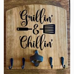 Diy Crafts To Sell, Home Crafts, Crafts For Kids, Garden Crafts, Carved Wood Signs, Wooden Signs, Rustic Signs, Grillin And Chillin Sign, Small Wood Projects