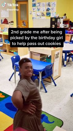 Need a laugh? These funny videos will make you LoL. Super Funny Videos, Funny Video Memes, Crazy Funny Memes, Funny Short Videos, Really Funny Memes, Stupid Funny Memes, Funny Relatable Memes, Haha Funny, Funny Texts