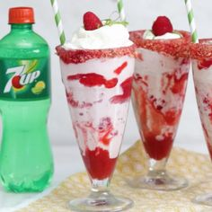 Get your tastebuds ready for summer with this fruity twist on an ice cream float, made with 7UP and fresh raspberries! [AD]