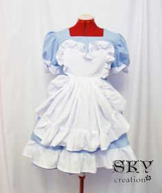 Custom Classic Alice Dress by skycreation on Etsy, $65.00 @k8daley you should be alice on MG day & i'll be the queen of hearts! and these are all custom so you can but in your preg measurements when it's closer!