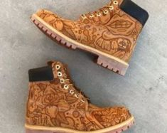 Sneakers custom diy timberland boots new Ideas Custom Timberland Boots, Timberland Boots Outfit, Timberland Waterproof Boots, Timberlands Shoes, Tims Boots, Shoe Boots, Yellow Boots, Shoe Company, Painted Shoes
