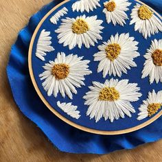 Embroidery Designs For Beginners underneath Embroidery Hoop Flowers opposite Leather Embroidery Near Me Floral Embroidery Patterns, Hand Embroidery Stitches, Silk Ribbon Embroidery, Crewel Embroidery, Hand Embroidery Designs, Vintage Embroidery, Embroidery Kits, Cross Stitch Embroidery, Machine Embroidery