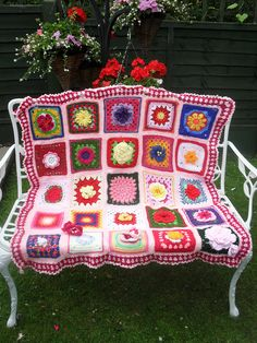 Beautiful Granny Squares in this Throw!