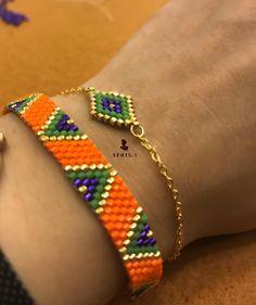 Miyuki boncuklarla, ince bir işçilik 🙏👌 Fine craftsmanship with Miyuki beads 🙏👌 that the Sift # # Göznur of Bead Loom Bracelets, Beaded Bracelet Patterns, Bead Loom Patterns, Woven Bracelets, Jewelry Tags, Seed Bead Jewelry, Metal Jewelry, Handmade Jewelry, Peyote Beading