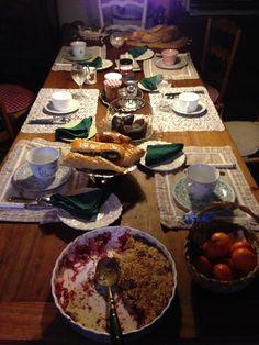Après une bonne soirée et une belle nuit à l'Obombre Bleue, place aux petit déjeuner préparé par Catherine.