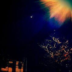 Lua e Vênus incrivelmente lindos a olho nú em SP.