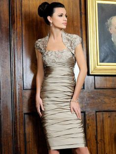 2013 Hot Sale Champagne Ruched Short Knee Length Mother Of the Bride Dresses With Jacket-in Mother of the Bride Dresses from Apparel  Acces...