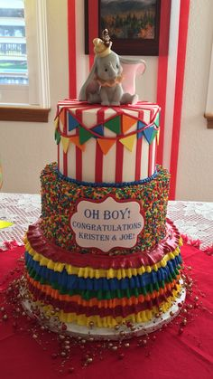 My amazing cake at my baby shower! I think the idea came from another pintrest post! Love Disney and Dumbo! Carnival Birthday Cakes, Circus Theme Cakes, Dumbo Birthday Party, Carnival Cakes, Circus Theme Party, Circus Wedding, Carnival Costumes, Baby Boy Birthday Themes, Birthday Ideas