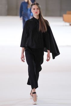 Christophe Lemaire Spring 2015 Ready-to-Wear - Collection - Gallery - Look 11 - Style.com