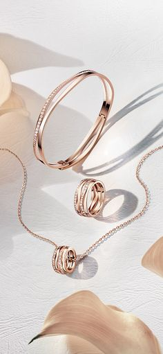 In OMEGA's universe, you can find the perfect jewellery to match your watch. Here, the Ladymatic collection offers bangles, necklaces and rings. Jewelry Ads, Photo Jewelry, Luxury Jewelry, Jewelry Accessories, Fine Jewelry, Jewelry Design, Fashion Jewelry, Minimal Jewelry, Simple Jewelry