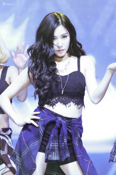 Tiffany's performance on Mnet 150831 Source: Instagram @Yeonni_ss