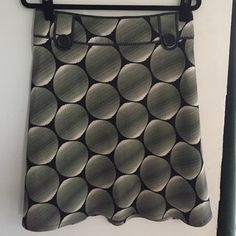 Graphic print Topshop skirt Black and white print with button detail. Fits US size 6. U.K. 10 Topshop Skirts