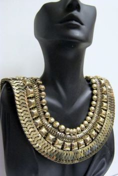 ANTIQUE-GOLD-STATEMENT-COLLAR-GRECIAN-CHUNKY-VINTAGE-STYLE-EGYPTIAN-NECKLACE