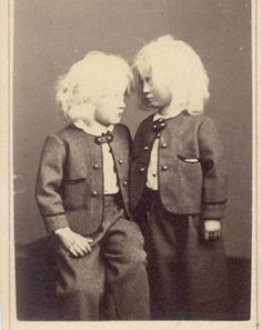 peculiar+vintage+photographs | 24 Terrifying Pictures of Old Timey Children! | SMOSH
