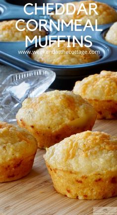 Cornmeal Recipes, Bread Recipes, Baking Recipes, Cake Recipes, Dessert Recipes, Cornmeal Muffins Recipe, Desserts, Oven Recipes, Cornbread Muffins