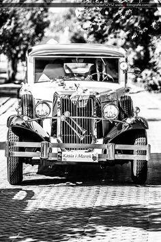 Rolls Royce for the wedding Rolls Roycem do ślubu  Foto. Daniel SZYSZ www.e-fotografik.com  #RollsRoyce #WeddingPhotos #WeddingPhotography #wedding #car #zdjeciaslubne #fotografiaslubna