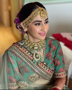 This Sabyasachi Bride Opted For A Green 'Lehenga' And Royal Jewellery For Her D-Day