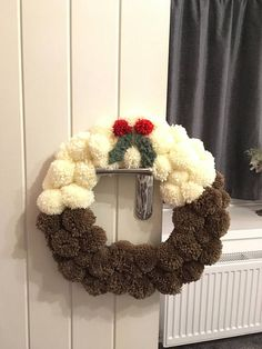 Items similar to Handmade Pom Pom Christmas pudding wreath on Etsy Christmas Pom Pom Crafts, Christmas Fair Ideas, Christmas Makes, Christmas Projects, Christmas Fun, Diy And Crafts, Christmas Wreaths, Christmas Crafts, Christmas Pudding