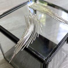 Longues boucles d'oreilles grand pendentif chaînes Bracelets, Boutique, Trending Outfits, Unique Jewelry, Handmade Gifts, Silver, Vintage, Etsy, Fashion