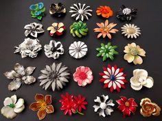 SUMMER Vintage Enamel Flower LOT 26 Big Brooch Pin Daisy Rose WOW Q307