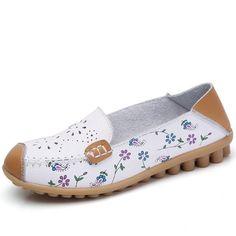 Tendance Chaussures 2017/ 2018 :    Description   STQ spring women flat shoes genuine leather ballet flats cutout    - #Chausseurs https://madame.tn/fashion/chausseurs/tendance-chaussures-2017-2018-stq-spring-women-flat-shoes-genuine-leather-ballet-flats-cutout/