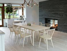 Miss Holly stol - ask ljus mattlack – Svenssons. Dining Table Chairs, Dining Area, Interior Design Living Room, Interior Decorating, Rooms Ideas, Dining Room Inspiration, Interiores Design, Scandinavian Home, Outdoor Furniture Sets