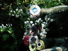 Jak wykonać wietrzne dzwonki z płyt CD - Pomysły plastyczne dla każdego