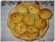 Takarékos konyha: Tej és tojásmentes krumplis pogácsa Tej, Muffin, Pudding, Breakfast, Desserts, Recipes, Dios, Morning Coffee, Tailgate Desserts