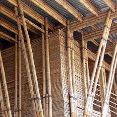Construção em bambu. Bali, Indonésia. Projeto do escritório IBUKU . #architecture #arquitetura #arte #artes #arts #art #artlover #design #architecturelover #instagood #instacool #instadaily #design #projetocompartilhar #davidguerra #arquiteturadavidguerra #shareproject #bambu #leveza #bamboo #lightness #bambooarchitecture #bamboodesign #bali