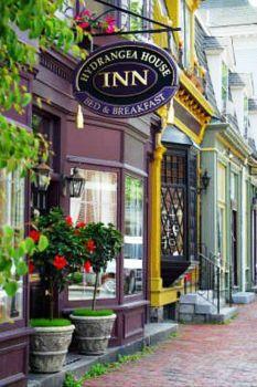 Hydrangea House Inn - Newport, RI (70 pieces)