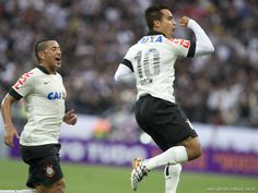 Sport Club Corinthians Paulista - Jadson scores!
