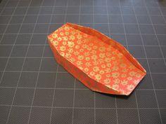 Origami dish / box