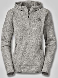 New Adorable Comfy Grey North Face Hoodie. I want a North Face so bad Grey Hoodie, Grey Sweater, Womens North Face Jacket, North Face Sweater, Zip Hoodie, Northface Jacket Womens, Womens Hoodie, North Face Fleece, Fashion Clothes