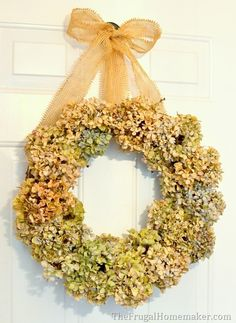 Dried Hydrangea wreath {fall wreath} + our updated entryway | The Frugal Homemaker