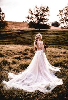 Our autumnal style shoot embraced the deep hues and colours of the changes of the . Beautiful Bride, Beautiful Dresses, Nostalgia Photography, Autumn Harvest, Sugar Flowers, Floral Style, Autumnal, Flower Girl Dresses, Bohemian