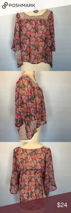 """UO Staring at Stars Batwing Boho Pattern Mix Top Gently worn. Sheer top with batwing sleeves and a high-low hem. Bust 38"""", length in front 17"""", length in back 24"""". Urban Outfitters Tops Blouses"""