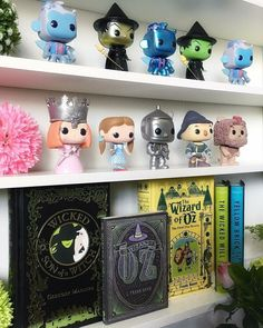 via a shelfie dedicated to the wonderful land of oz Wicked Musical, Broadway Wicked, Wicked Witch, Broadway Themed Room, Funk Pop, Get Funky, Land Of Oz, Doll Display, Pop Dolls