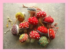norskiknits' Mushrooms A dozen mushrooms knitted from hand spun and sock yarn stash stuffed with carded wool. Very fun using up little bits combining colors and adding spots. Some spots are french knots, some are duplica… Knitting Patterns Free, Free Knitting, Crochet Patterns, Free Pattern, Art Patterns, Knit Or Crochet, Crochet Toys, Knitted Dolls, Crochet Birds