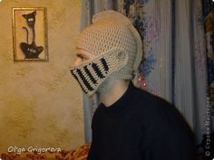 Closet Master Class Haak Hat - Garen helm foto 1 Het origineel in t Russisch Crochet Geek, Crochet Hooks, Knit Crochet, Cross Stitch Horse, Medieval Helmets, Thick Yarn, Diy Photo, Crochet Accessories, Family Gifts