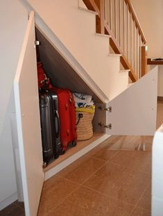 Inventive Staircase Design Tips for the Home – Voyage Afield Basement Stairs, House Stairs, Stair Storage, Cupboard Storage, Under Stairs Cupboard, Elegant Curtains, Man Cave Garage, Staircase Design, Stairways