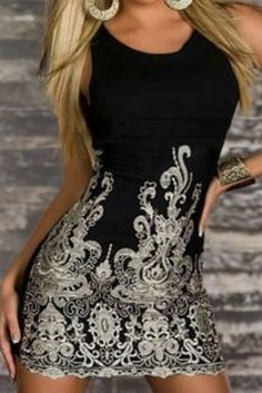 Gorgeous Fabric! Sexy Black and White Scoop Neck Floral Embroidery Bodycon Club Dress