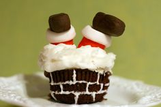 santa in the chimney cupcakes