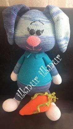 Mesmerizing Crochet an Amigurumi Rabbit Ideas. Lovely Crochet an Amigurumi Rabbit Ideas. Amigurumi Toys, Crochet Patterns Amigurumi, Crochet Dolls, Crochet Bunny, Crochet Animals, Crochet Disney, Animal Sewing Patterns, Ravelry, Animal Decor