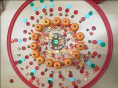 herfstmandala en nog veel meer uitdagende ideeën voor kleuters Busy Boxes, Decorative Plates, Mandala, Fall, Reggio, Halloween, Autumn, Fall Season, Mandalas