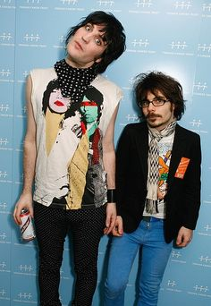 Noel & Mike Fielding! I never in a million years would've guessed these two guys were brothers. They're as opposite as two guys can get!
