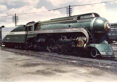 historicaltimes: The futuristic Dreyfuss Streamliner Train,...