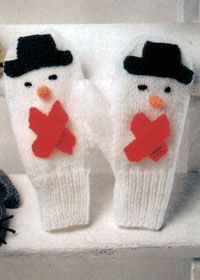 Knitting Pattern For Snowman Mittens : 1000+ images about Christmas knitted decorations on Pinterest Knit christma...