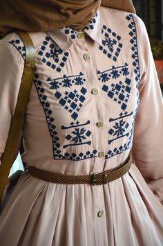 Kanaviçe Elbise - Eminos Butik | Modo & Tasarım