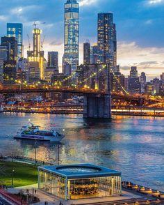 Brooklyn Bridge (Photo: @camilleschaer)