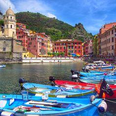Vernazza, Cinque Terre, Italy www.thegirlswhowander.com Cinque Terre, Italy, Beach, Life, Italia, The Beach, Beaches